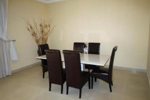 3 Bedroom Apartment for Rent in Airport Residential Area