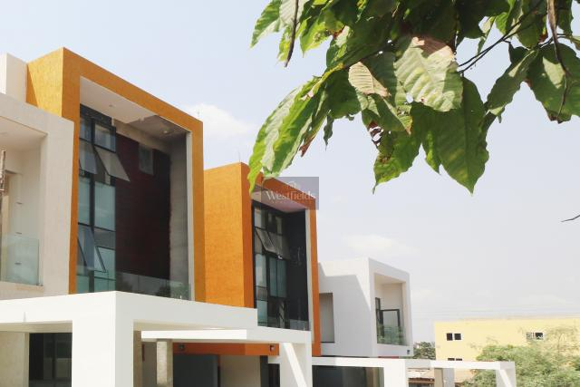4 Bedroom Townhouse for Sale at Airport Residential, Accra